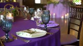 masa örtüsü : Wedding decor. Wedding interior. Table layout concept. Table decor of newly married. Restaurant interior. Expectation of guests for the party