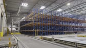 movement of trolleys on automated warehouses (time-lapse) Wideo