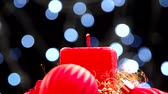 decorativo : Square Christmas candles and flashing bokeh