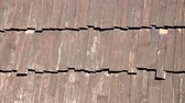 queijo cheddar : Wooden shingles on the roof of the gazebo