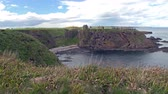 aberdeen : Dunnottar castle remains on a cliff top