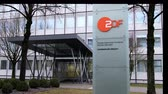 вывеска : Munich  Germany - February 16 2018 : Zweites Deutsches Fernsehen (English: Second German Television), usually shortened to ZDF, is a German public-service television broadcaster