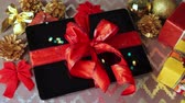 decorativo : Tablet pc for Christmas with gifts, decorations on table. Vídeos