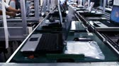 mikroişlemci : Conveyor Belt On the Assembly Line of a Computer Factory. Stok Video