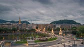 concha : San Sebastian city skyline at dusk, Spain. Time lapse dynamic clouds Vídeos