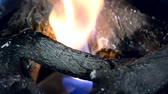 odolný : Biofireplace and heat-resistant fireproof ceramic firewood close-up. Modern bio fireplot fireplace on ethanol gas. Smart ecological alternative technologies. Contemporary biofuel on ethanol close-up. Dostupné videozáznamy