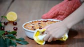 поднятый : Delicious Homemade Cherry Pie with a Flaky Crust.