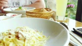 spagetti : Meals food: pasta serving in the restaurant customers and mobile phone. Wideo