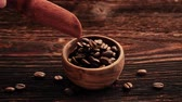 columbian : Coffee beans falling