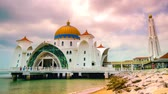 lumpur : Timelapse of the Malacca Straits Mosque, Malaysia