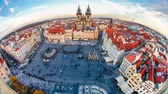 gotic : Timelapse of people walking in Old Town Square, Prague, Czech Republic. Stockvideo