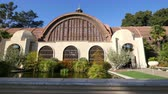 jardim formal : High quality video of botanical building in Balboa Park in San Diego in 4K