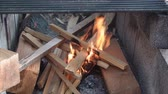 grelhado : Starting fire in fire pit made of building blocks 2.