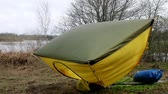 travessura : tourist tent weighs up in air. original way to dry tent after rain