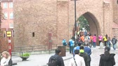 centro : Warsaw, Poland - September 7, 2017: fortress of Warsaw Alexandrovskaya citadel of the 19th century with abundant flow of tourists