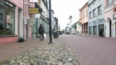 zeepbel : Parnu, Estonia - September 3, 2017: Old cobbled streets with wooden and stone houses by Baltic sea. maritime town Parnu. Estonia
