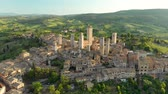 toscana : Aerial view of San Gimignano and its medieval old town with the famous towers