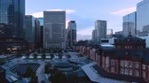 шины : TimeLapse Scenery of Tokyo Marunouchi from day to night Zoom out