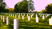 выстрел : Arlington National Cemetery panning shot at sunset Стоковые видеозаписи