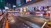 tokio : Panning time-lapse of a busy intersection in Shibuya, Tokyo, Japan