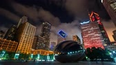CHICAGO - SEPT. 18th 2018: Tourists visit the Cloud Gate, a public sculpture in Millennium Park in time-lapse. Wideo