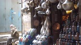 mercado : Cairo, Egypt - Feb 02 2019: Lamp or Lantern Shop in the Khan El Khalili market in Islamic Cairo