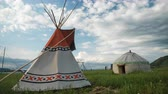 nativo : Timelapse with teepee and yurt Vídeos