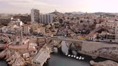 havens : Marseille city and coastline amazing aerial view 4K with Corniche Kennedy, Vallon des Auffes, Notre Dame de la Garde, les Catalans - Travel in south of France  Catégorie  Voyages