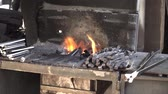 smid : workpiece is heated in the furnace forge Stockvideo