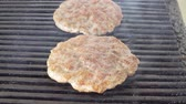 kookplaat : Cutlet of pork fried on a grill to make hamburgers