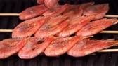 fornuis : Close-up of shrimp. background of the shrimp on the grill