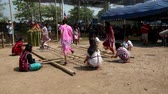 agilitás : Chiang Rae, Thailand - 2019-03-13 - Sabah Murat Bamboo Dance By Skilled Girls - with Sound 3. Stock mozgókép