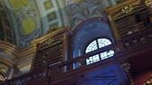 capa dura : VIENNA, AUSTRIA - DECEMBER, 24 Steadicam interior shot of Austrian National Library.