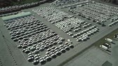 упаковка : Aerial shot of a car manufacturer parking