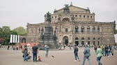 almanca : DRESDEN, GERMANY - MAY 2, 2018. Semperoper or Opera House on the Theatre Square
