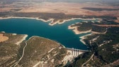 espanhol : Aerial view of hydroelectric power plant at the Alarcon Dam on the Jucar River, Spain
