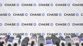 anúncio : CHASE company press conference, press wall with logo and mics, conceptual editorial animation