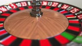 roleta : Casino roulette wheel ball hits 31 thirty-one black. 3D animation Stock Footage