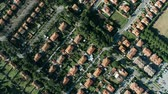 ziegeldach : Aerial top-down shot of houses and villas in Rosignano Solvay, Italy