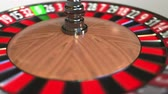 perdente : Casino roulette wheel ball hits 17 seventeen black. 3D animation