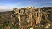 ziegeldach : Aerial shot of comune and town of Calcata on high rock, Italy Stock Footage