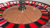 roleta : Casino roulette wheel ball hits 32 thirty-two red. 3D animation Stock Footage