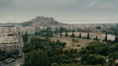 atina : Aerial view of the Temple of Olympian Zeus and the Acropolis in Athens, Greece