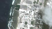 bolygók : Yaren Nauru seen from space to street level