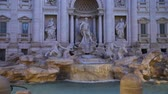 Trevi Fountain in Rome at night, Стоковые видеозаписи