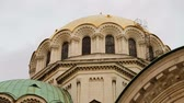 christelijk : Architecturale elementen van Alexander Nevsky Church in Sofia, toeristische attractie Stockvideo