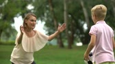 entusiasmo : Boy playing soccer with mom in park, happy family weekend, healthy lifestyle Vídeos