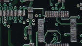 parte : Circuit Board Pan and Scan - Clip 9