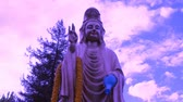 aziatisch : Paars Boeddha Quan Yin - Time Lapse Stockvideo