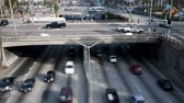pendulares : Time Lapse of Overpass on the 101 Freeway in Downtown Los Angeles - Tilt Shift Stock Footage